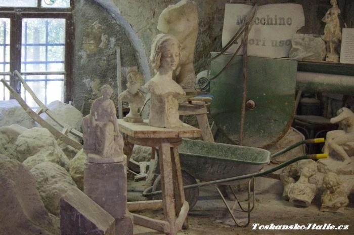 dílna kde se zpracovává alabastr